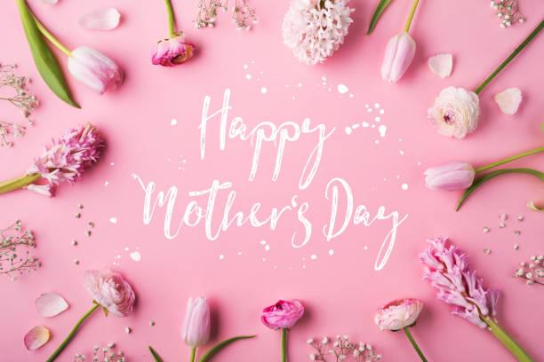Happy mothers day composition flowers on white background studio shot picture id949356448?b=1&k=6&m=949356448&s=612x612&w=0&h=elesyzpxjnewhmwhw0ajotmozmq0dbkyvoqlda05pdq=