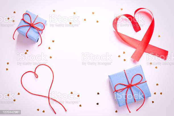 Happy mothers day greeting card with red hearts blue gift boxes and picture id1220442961?b=1&k=6&m=1220442961&s=612x612&h=sa1tnap8ch giqlsj4nskrdjqdm qsdljsqkhjhuqq8=