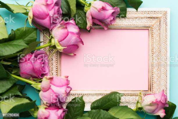 Happy mothers day womens day valentines day or birthday flat lay picture id911750404?b=1&k=6&m=911750404&s=612x612&h=hllu3fzxd907di1qvx8xmnvcnecw5 gculut68asw0i=