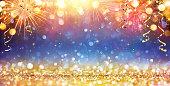 キラキラと花火で新年あけまして