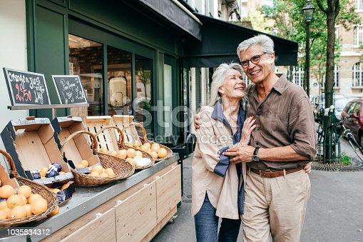 Seniors couple enjoying trip to Paris