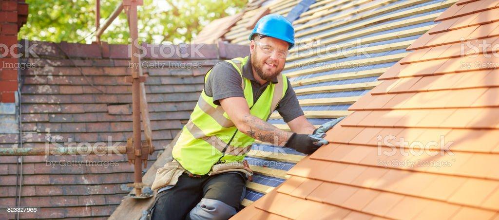 glücklich Dachdecker Porträt – Foto
