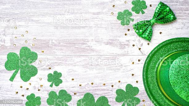 Happy saint patricks day greeting card with traditional symbols picture id1210162259?b=1&k=6&m=1210162259&s=612x612&h=jf1mafpo smd g3h cxemrbz692j0mk0 krjticli5i=