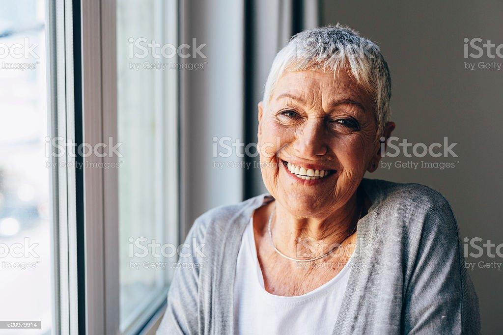 Glückliche senior Frau Lizenzfreies stock-foto