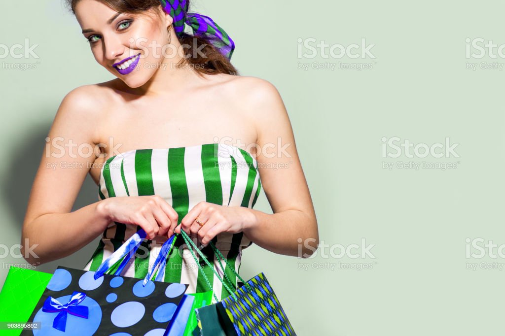 Happy shopping woman - Royalty-free Adult Stock Photo