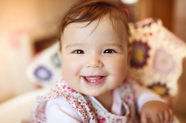 happy smiling baby - baby teeth stok fotoğraflar ve resimler