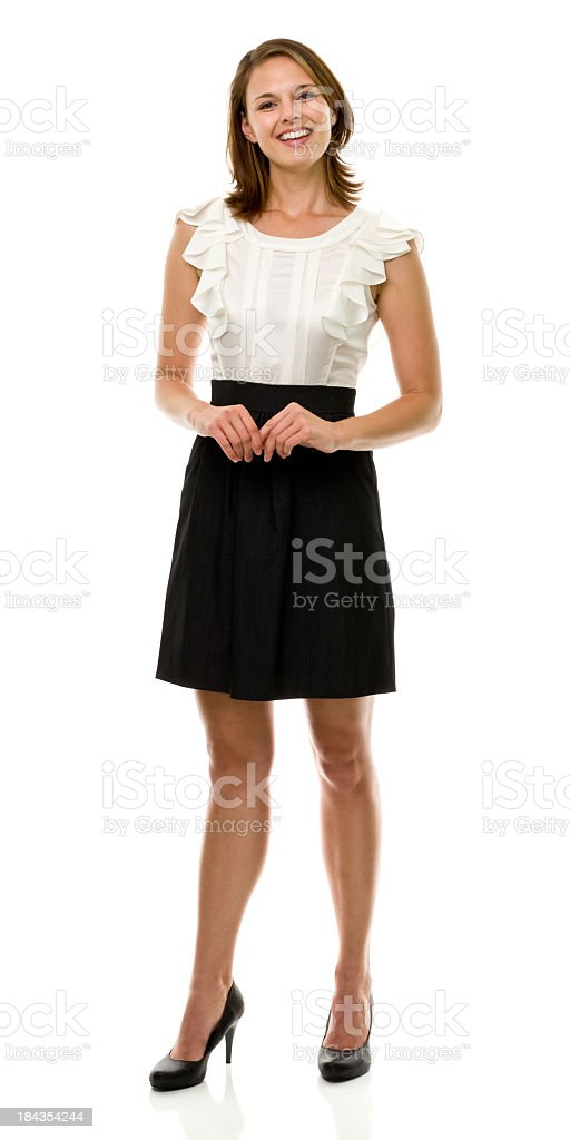 Glücklich lächelnde Junge Frau stehend voller Länge Portrait – Foto