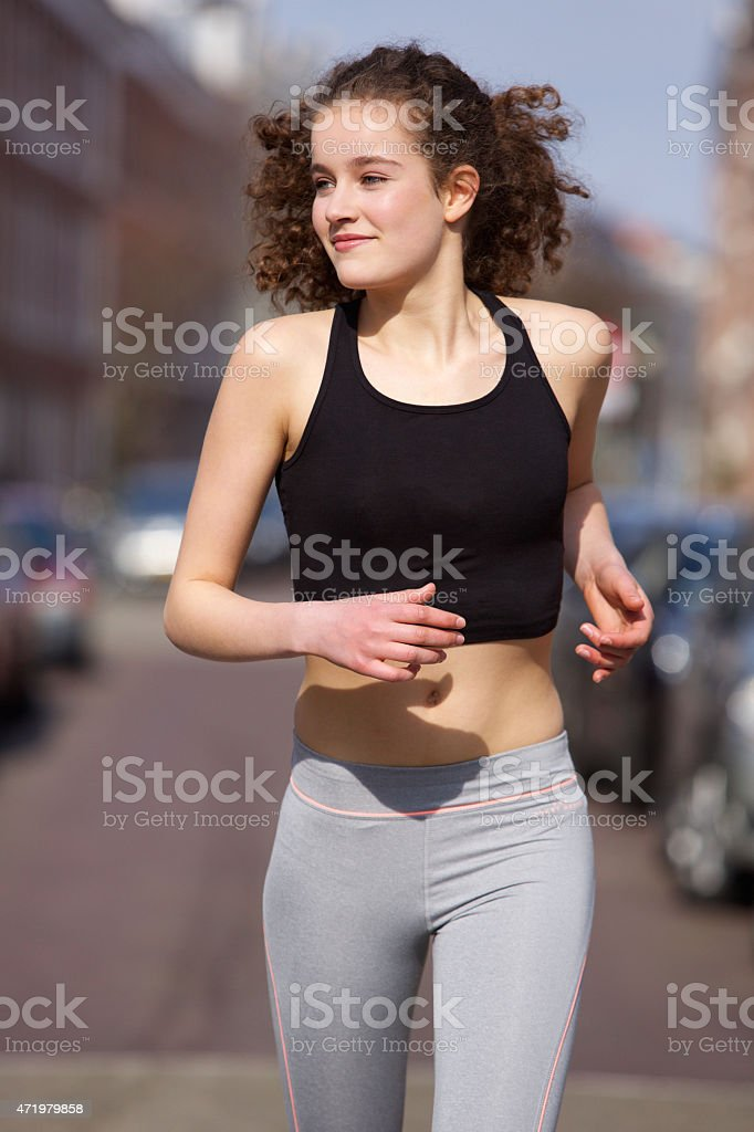 Ragazza adolescente nuda foto