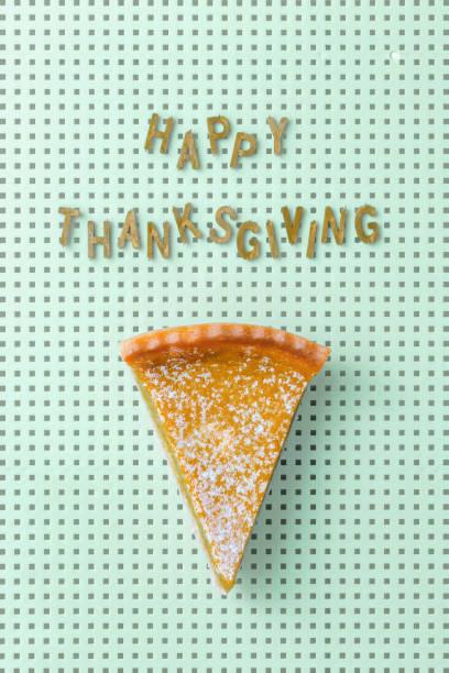 happy thanksgiving - pumpkin pie стоковые фото и изображения