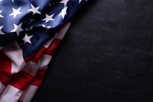 행복한 재향 군인의 날 칠판 배경에 대한 미국 국기 베테랑 7월에 대한 스톡 사진 및 기타 이미지
