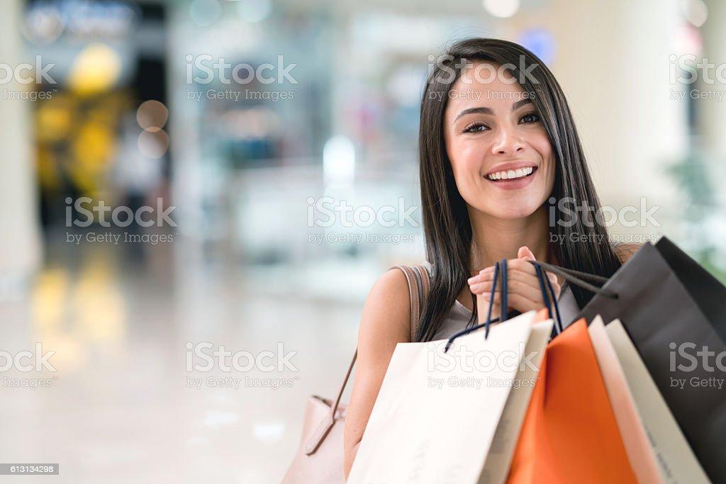 Happy woman having fun shopping – Foto