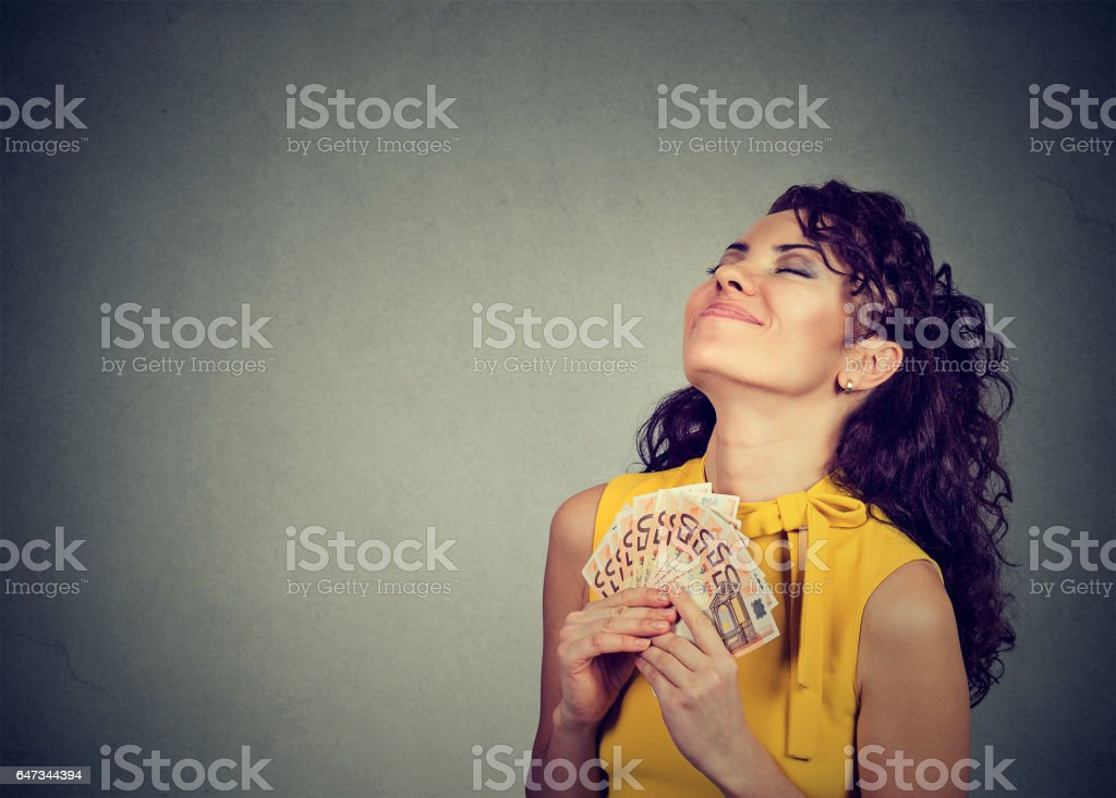 お金を幸せな女 - エンタメ総合のロイヤリティフリーストックフォト