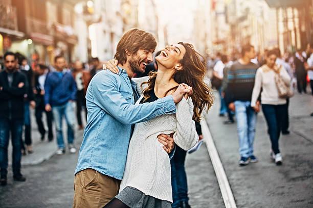 happy young couple - street dance bildbanksfoton och bilder
