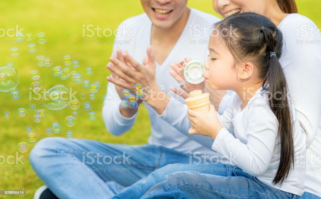 Tochter bläst