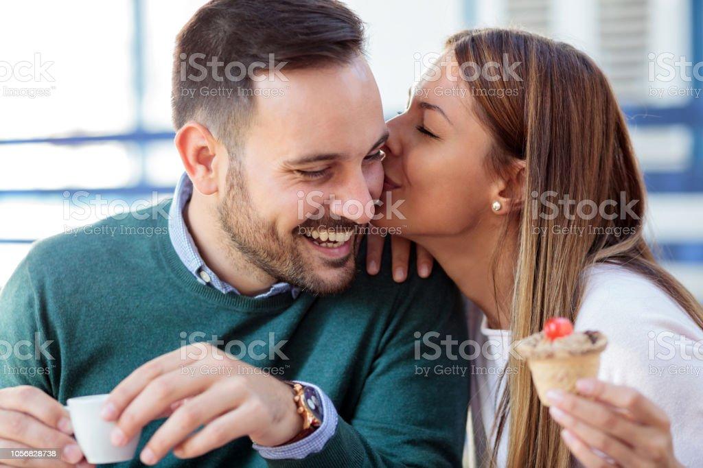 Dating dyra presenter