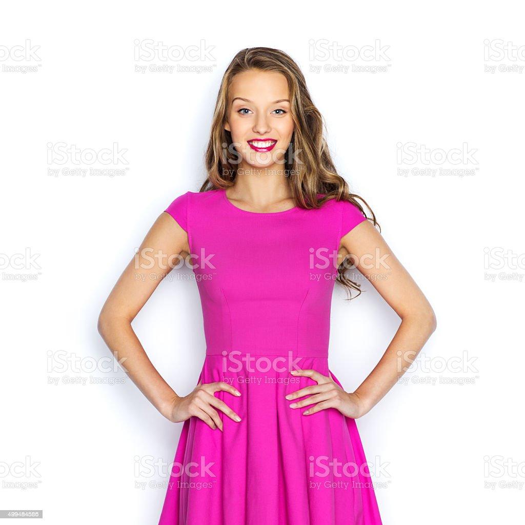 Glückliche Junge Frau Oder Teenagermädchen In Rosa Kleid Stockfoto ...
