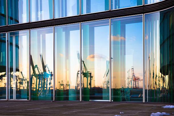 Harbour im Spiegel – Foto