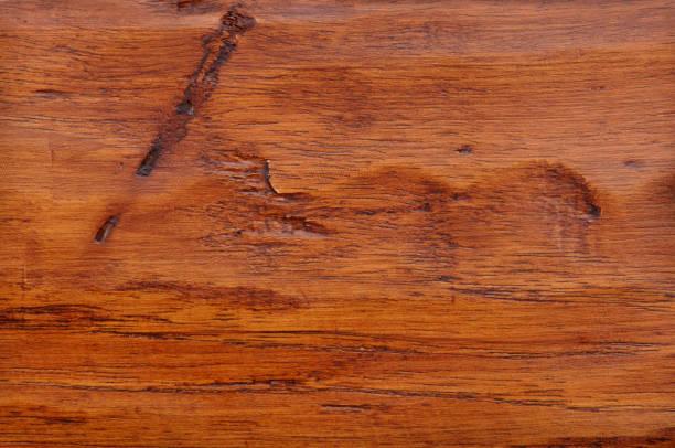 hartholz-hintergrund - nussbaumholz stock-fotos und bilder