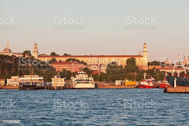 Harem ferry Port And Selimiye Barrack