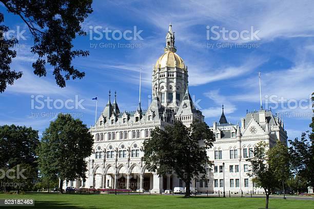 Hartford connecticut state capitol picture id523182463?b=1&k=6&m=523182463&s=612x612&h=28lpnofptimgwmudb1a ckzgsjqkxl4fed5wou hthk=