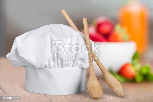 istock Hat. 898382326