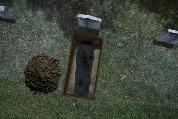 haunted halloween nacht kerkhof met kist-uitzicht op de lucht - graf stockfoto's en -beelden