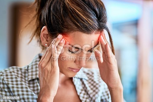 istock I have to keep away from focusing on the pain 949054828