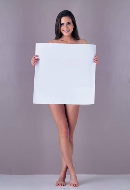 Mujer Desnuda Cuerpo Entero Banco De Fotos E Imágenes De