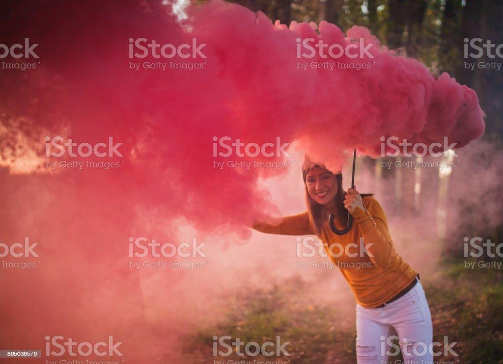 Divertirse con humo - foto de stock