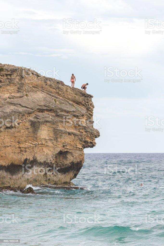 ハワイ崖ジャンプ ロイヤリティフリーストックフォト