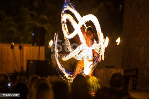 hawaii luau fire dancers
