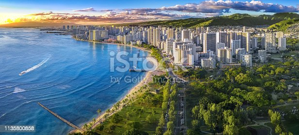 Hawaiian city scape with mountains and ocean