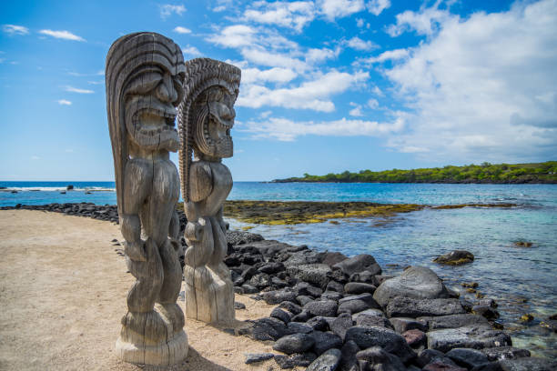 Hawaiian style wood carving Puʻuhonua O Hōnaunau National Historical Park, Big Island, Hawaii