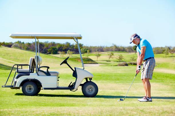 Il aime jouer au golf ! - Photo