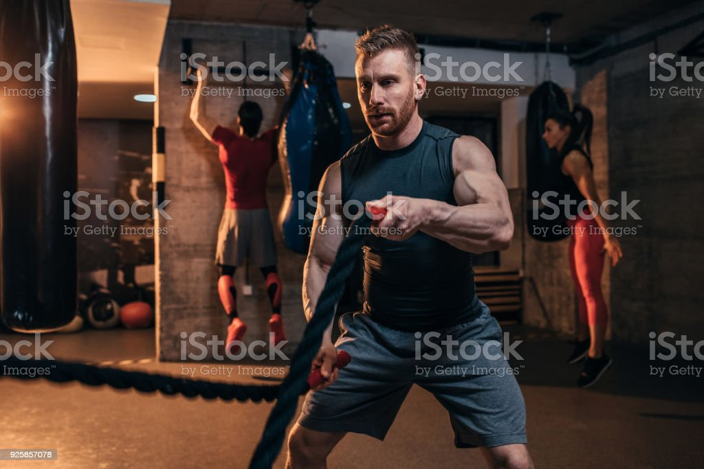 Er trainiert wie ein Superheld – Foto