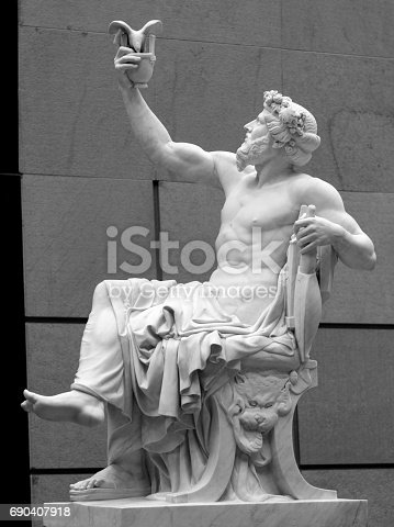 istock Head and shoulders detail of the ancient sculpture 690407918