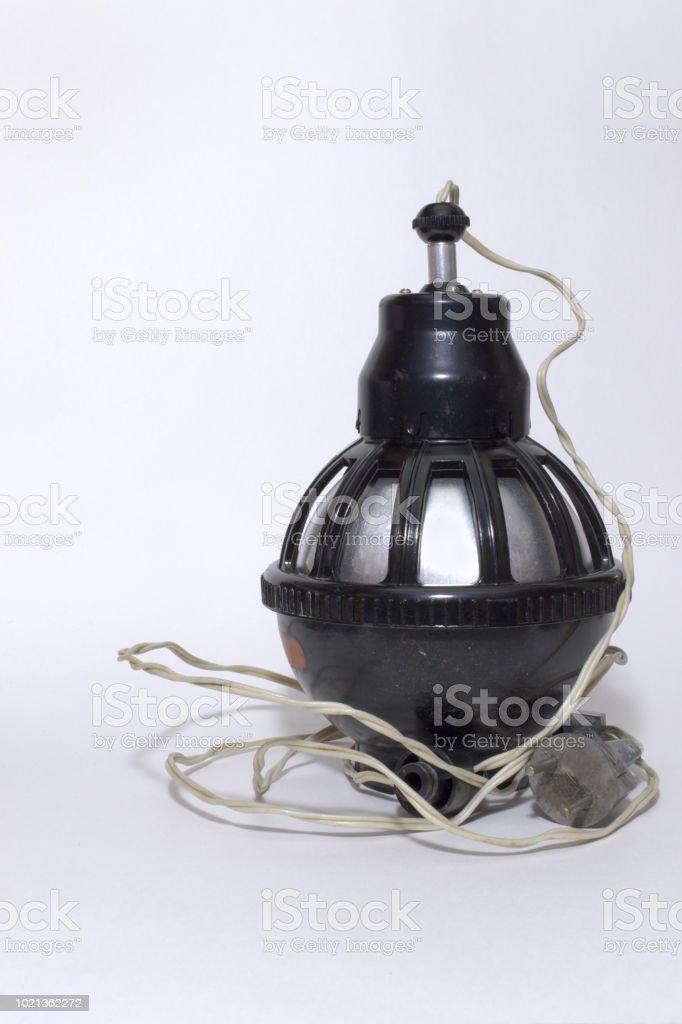 Cabeça do ampliador, equipado pelo cabo de alimentação. equipamentos para câmara escura composta de dois semispheres - foto de acervo