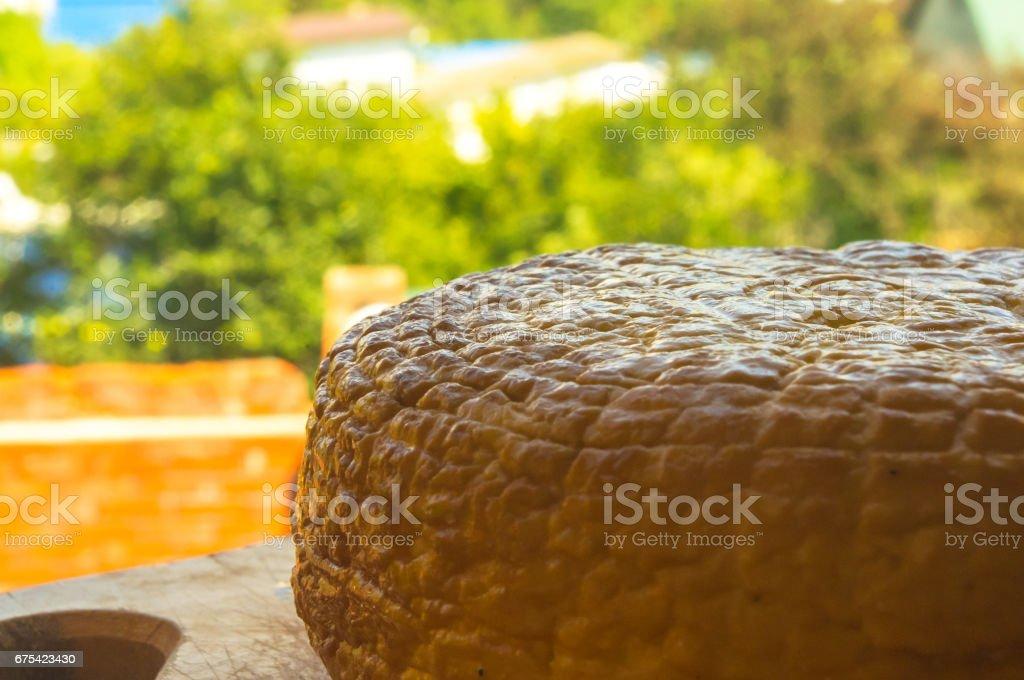 geleneksel Adygei peynir el yapımı başkanı royalty-free stock photo