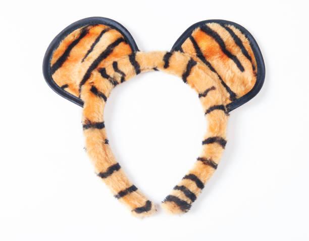 Stirnband-Tiger-Stil isoliert auf weißem Hintergrund – Foto