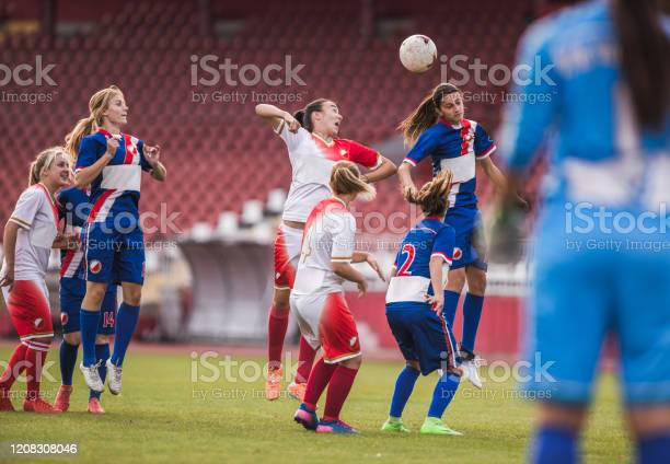 Heading the ball on womans soccer match picture id1208308046?b=1&k=6&m=1208308046&s=612x612&h=dwff67ddsqcuh7bofr7vhhkia9f5xooo4erh kc4pcy=