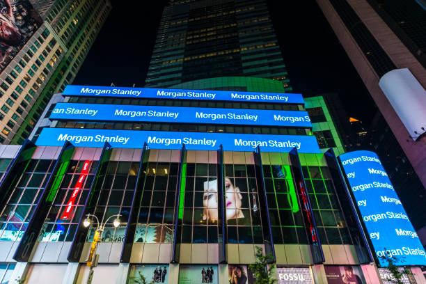 hauptsitz von morgan stanley in der nacht in new york city, usa - morgan stanley stock-fotos und bilder