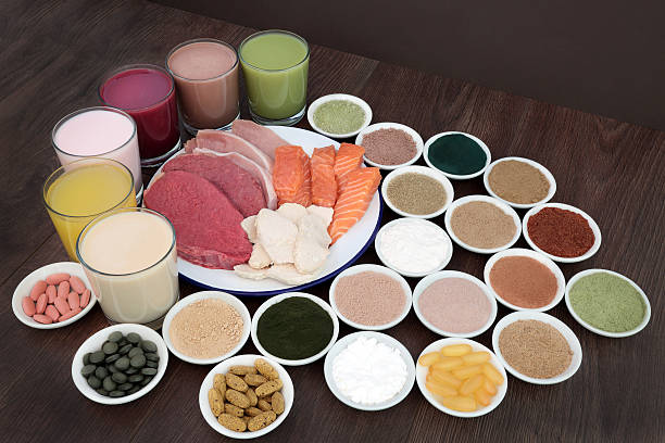 health food and drinks for body builders - low carb shakes stock-fotos und bilder