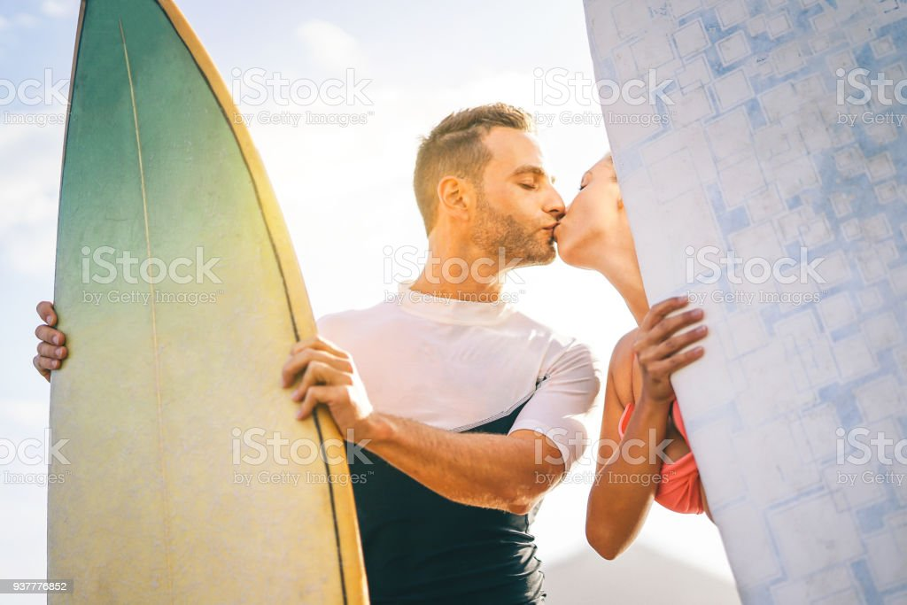 Dating surfers