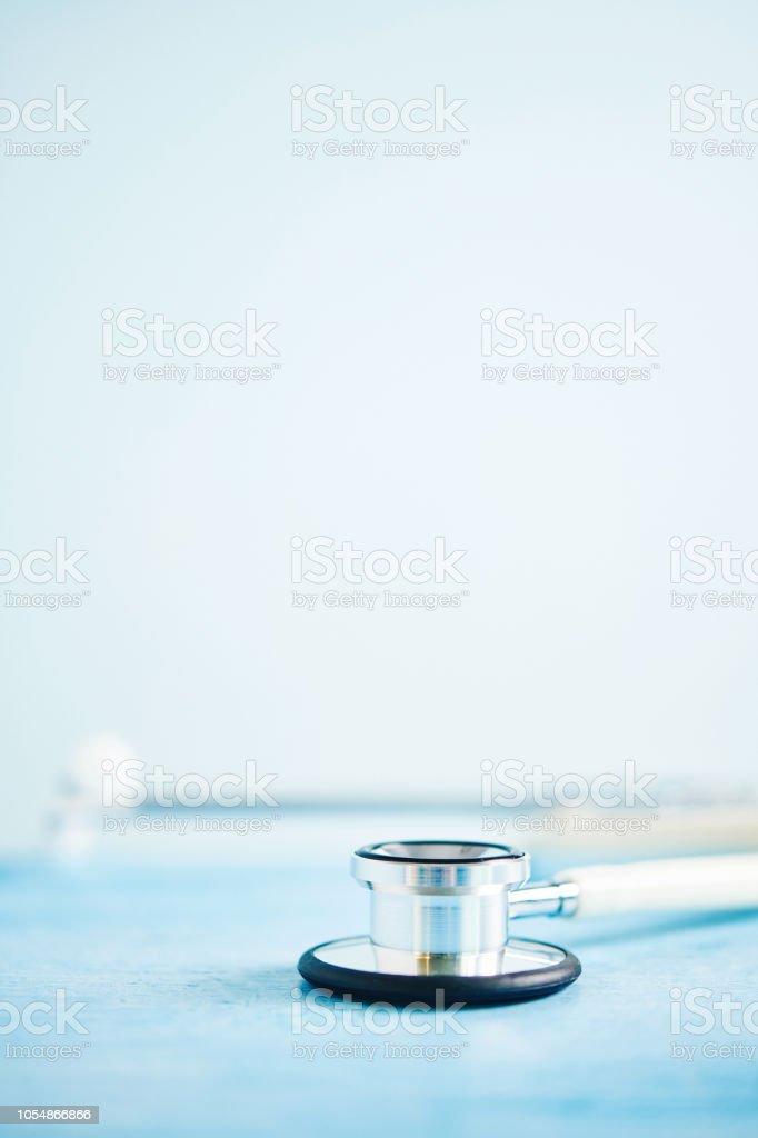 Medizinischen Hintergrund mit Stethoskop – Foto
