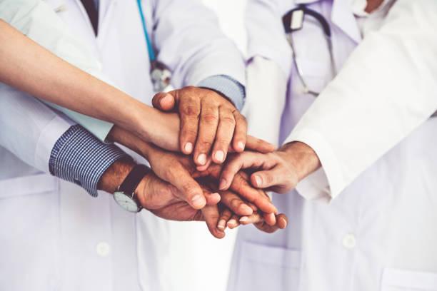 Im Gesundheitswesen Volksgruppe, die im Krankenhaus arbeiten. – Foto