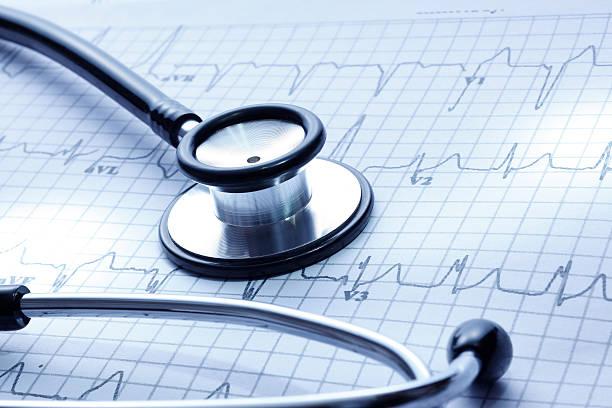 healthcare - rythme cardiaque photos et images de collection