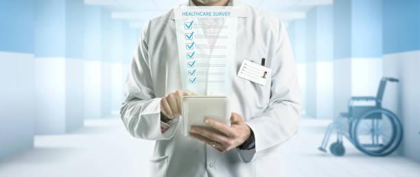 gesundheitswesen-umfrage - zeckenmittel stock-fotos und bilder