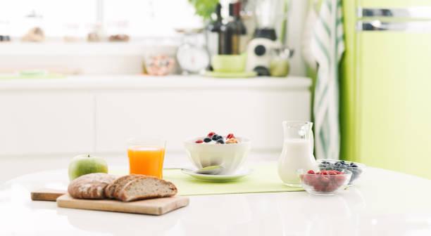 Café-da-manhã saudável em casa - foto de acervo