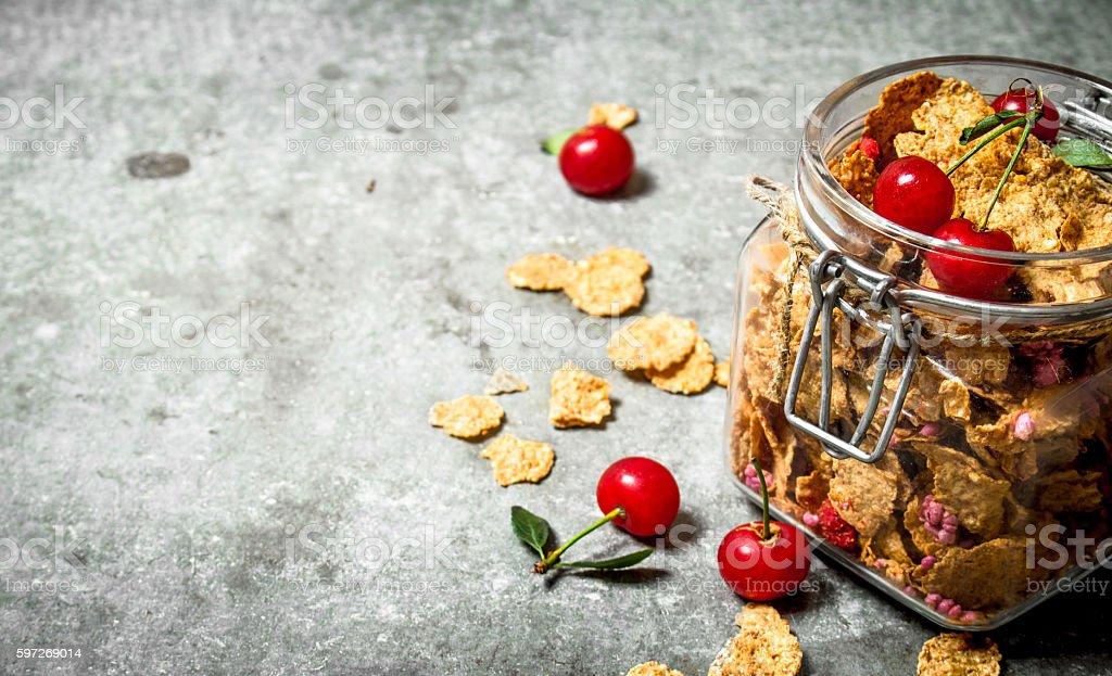 Healthy Breakfast. Muesli with cherries in a jar . Lizenzfreies stock-foto