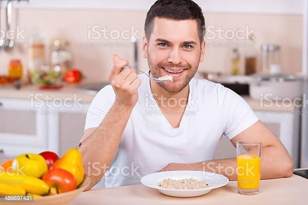 Desayuno Saludable Foto de stock y más banco de imágenes de Adulto